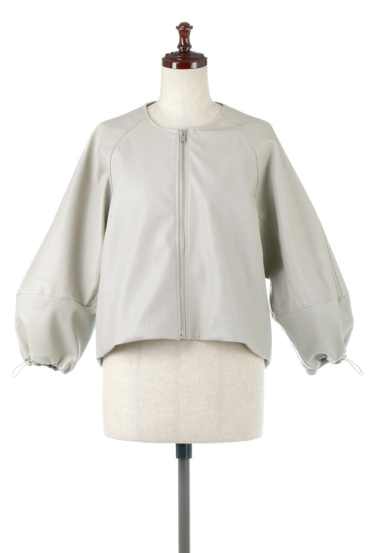 PuffSleeveEcoLeatherJacket袖コンシャス・エコレザージャケット大人カジュアルに最適な海外ファッションのothers(その他インポートアイテム)のアウターやジャケット。ボリュームのある袖と短めの着丈でバランスが取りやすいレザージャケット。パフスリーブのシルエットで腕周りをきれいに見せてくれます。/main-5