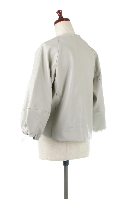 PuffSleeveEcoLeatherJacket袖コンシャス・エコレザージャケット大人カジュアルに最適な海外ファッションのothers(その他インポートアイテム)のアウターやジャケット。ボリュームのある袖と短めの着丈でバランスが取りやすいレザージャケット。パフスリーブのシルエットで腕周りをきれいに見せてくれます。/main-8