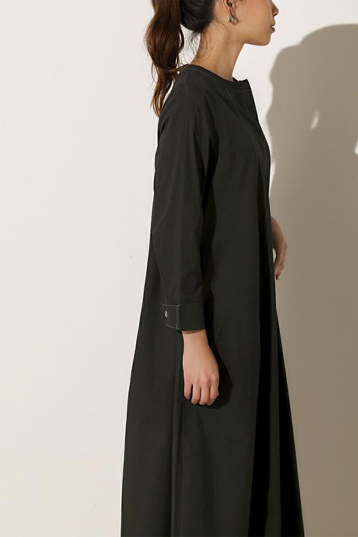 FlarePanelLongShirtsDressコットンストレッチ・シャツワンピース大人カジュアルに最適な海外ファッションのothers(その他インポートアイテム)のワンピースやミディワンピース。ゆったり目なのに細見え効果抜群の長袖シャツワンピース。タイトではない程よいシェイプ感があり、女性らしいシルエットが美しいワンピースです。/main-17