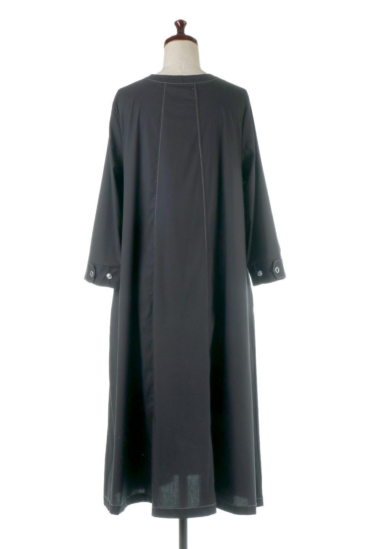 FlarePanelLongShirtsDressコットンストレッチ・シャツワンピース大人カジュアルに最適な海外ファッションのothers(その他インポートアイテム)のワンピースやミディワンピース。ゆったり目なのに細見え効果抜群の長袖シャツワンピース。タイトではない程よいシェイプ感があり、女性らしいシルエットが美しいワンピースです。/main-4