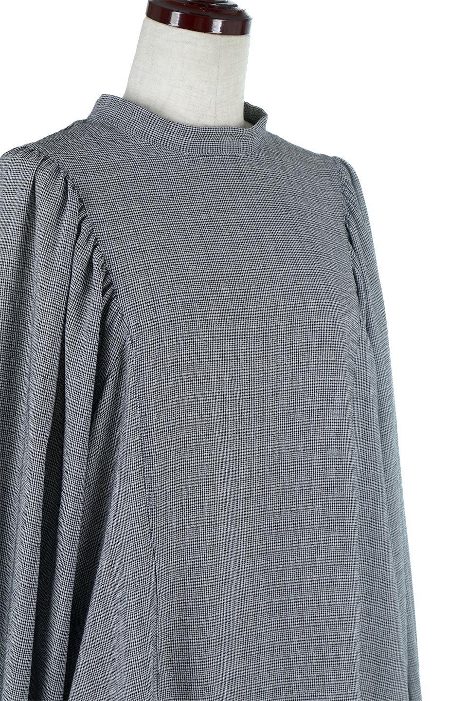 CheckGatherSleeveBlouseチェック柄・ギャザーブラウス大人カジュアルに最適な海外ファッションのothers(その他インポートアイテム)のトップスやシャツ・ブラウス。繊細で柔らかいジョーゼットを使ったチェック柄が可愛いブラウスジョーゼットの質感をうまく使ったギャザーデザインで、たっぷりしたシルエットがきれいに落ちてまとまります。手首と首元にメリハリを付け、広がりすぎず上品な雰囲気。/main-15