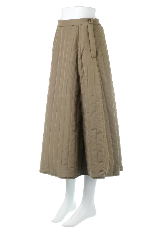 InsulatedQuiltedFlareSkirt中綿入り・キルティングスカート大人カジュアルに最適な海外ファッションのothers(その他インポートアイテム)のボトムやスカート。寒い時期に嬉しい中綿入のキルティング・フレアスカート。ソフトなポリエステル生地で軽い仕上がりです。/main-1