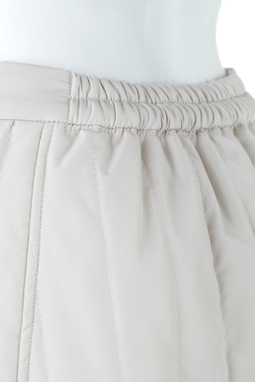 InsulatedQuiltedFlareSkirt中綿入り・キルティングスカート大人カジュアルに最適な海外ファッションのothers(その他インポートアイテム)のボトムやスカート。寒い時期に嬉しい中綿入のキルティング・フレアスカート。ソフトなポリエステル生地で軽い仕上がりです。/main-18