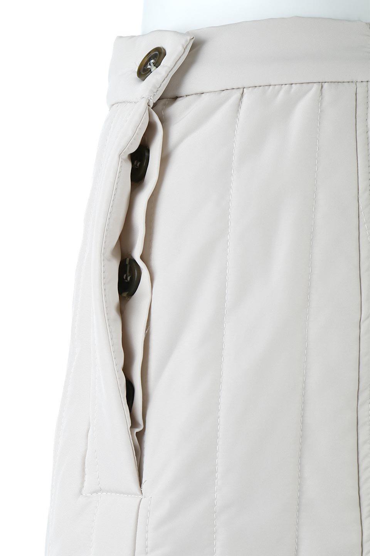 InsulatedQuiltedFlareSkirt中綿入り・キルティングスカート大人カジュアルに最適な海外ファッションのothers(その他インポートアイテム)のボトムやスカート。寒い時期に嬉しい中綿入のキルティング・フレアスカート。ソフトなポリエステル生地で軽い仕上がりです。/main-20