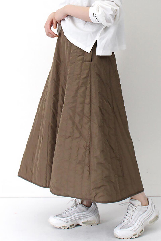 InsulatedQuiltedFlareSkirt中綿入り・キルティングスカート大人カジュアルに最適な海外ファッションのothers(その他インポートアイテム)のボトムやスカート。寒い時期に嬉しい中綿入のキルティング・フレアスカート。ソフトなポリエステル生地で軽い仕上がりです。/main-27