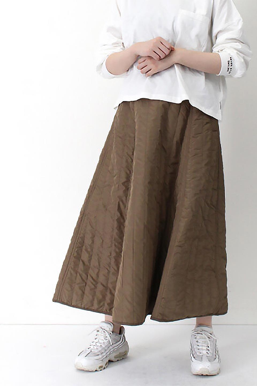 InsulatedQuiltedFlareSkirt中綿入り・キルティングスカート大人カジュアルに最適な海外ファッションのothers(その他インポートアイテム)のボトムやスカート。寒い時期に嬉しい中綿入のキルティング・フレアスカート。ソフトなポリエステル生地で軽い仕上がりです。/main-28