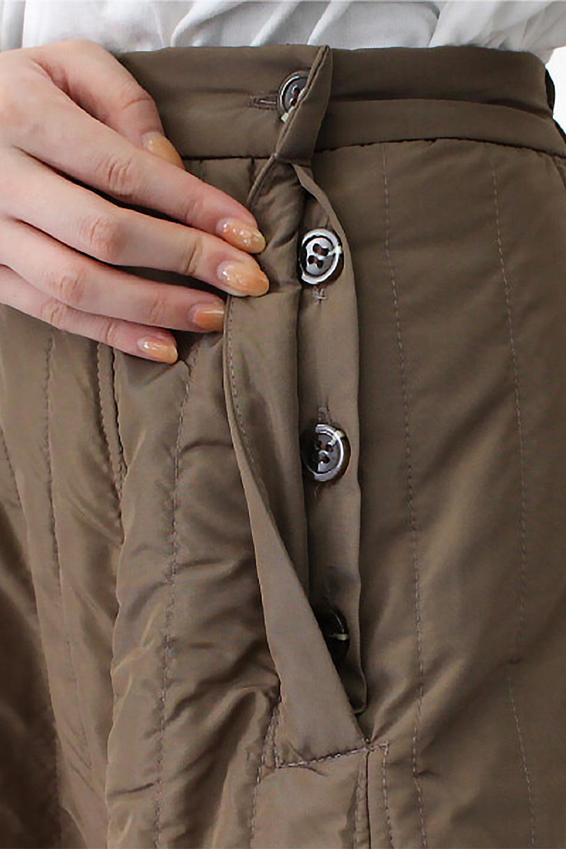 InsulatedQuiltedFlareSkirt中綿入り・キルティングスカート大人カジュアルに最適な海外ファッションのothers(その他インポートアイテム)のボトムやスカート。寒い時期に嬉しい中綿入のキルティング・フレアスカート。ソフトなポリエステル生地で軽い仕上がりです。/main-30