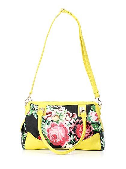 meliebiancoのSadie(Yellow)/海外ファッション好きにオススメのインポートバッグとかばん、MelieBianco(メリービアンコ)のバッグやハンドバッグ。鮮やかな花柄のグラフィックが綺麗なハンドバッグ。シンプルなコーディネートに合わせるだけで、グッと華やかな印象にしてくれます。/main-9