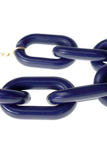 Towne&ReeseのHattieNecklace/インポートのアクセサリーブランド、Towne&Reese(タウンアンドリース)のアクセサリーやネックレス。遊び心が欲しい時などに活躍しそうなネックレスです。しっとりとした金メッキのチェーンのお陰で、ポップ過ぎないおしゃれアイテムです。/main-2