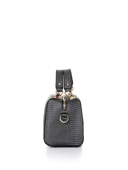 meliebiancoのEstera(Black)/海外ファッション好きにオススメのインポートバッグとかばん、MelieBianco(メリービアンコ)のバッグやハンドバッグ。リザードの型押しが特徴のバッグです。中に物を入れなくてもしっかりと四角い形をキープします。/main-2