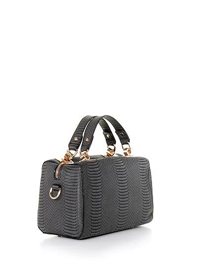 meliebiancoのEstera(Black)/海外ファッション好きにオススメのインポートバッグとかばん、MelieBianco(メリービアンコ)のバッグやハンドバッグ。リザードの型押しが特徴のバッグです。中に物を入れなくてもしっかりと四角い形をキープします。/main-3