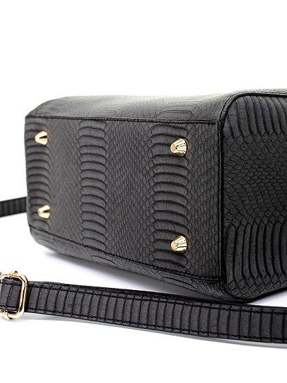 meliebiancoのEstera(Black)/海外ファッション好きにオススメのインポートバッグとかばん、MelieBianco(メリービアンコ)のバッグやハンドバッグ。リザードの型押しが特徴のバッグです。中に物を入れなくてもしっかりと四角い形をキープします。/main-8