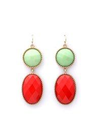 海外ファッションや大人カジュアルのためのインポートアクセサリーブランド、Towne & Reese(タウンアンドリース)のSutton Earrings (Red Coral)