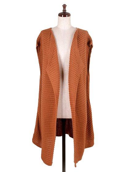 DrapedHemLongVest(Camel)大人カジュアルに最適な海外ファッションのothers(その他インポートアイテム)のアウターやカーディガン。合わせやすいロングタイプのニットベスト。着丈の長いベストは見た目以上に合わせやすく、人気のある商品です。