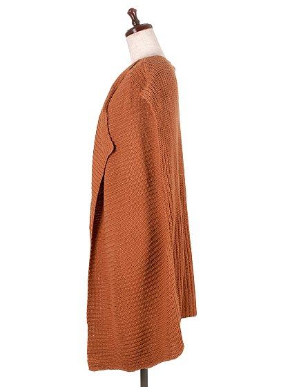 DrapedHemLongVest(Camel)大人カジュアルに最適な海外ファッションのothers(その他インポートアイテム)のアウターやカーディガン。合わせやすいロングタイプのニットベスト。着丈の長いベストは見た目以上に合わせやすく、人気のある商品です。/main-2
