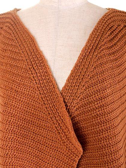 DrapedHemLongVest(Camel)大人カジュアルに最適な海外ファッションのothers(その他インポートアイテム)のアウターやカーディガン。合わせやすいロングタイプのニットベスト。着丈の長いベストは見た目以上に合わせやすく、人気のある商品です。/main-6