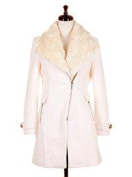 海外ファッションや大人カジュアルに最適なインポートセレクトアイテムのBiker Detail Coat w/Fur Vest