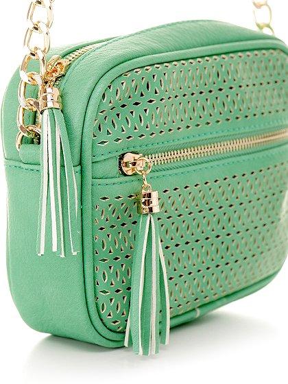 meliebiancoのLucia(Mint)/海外ファッション好きにオススメのインポートバッグとかばん、MelieBianco(メリービアンコ)のバッグやショルダーバッグ。ちょっとしたお出かけにピッタリサイズのミニポーチ。お財布(*1)とスマホだけ持って行きたい時などに重宝しそうです。/main-4