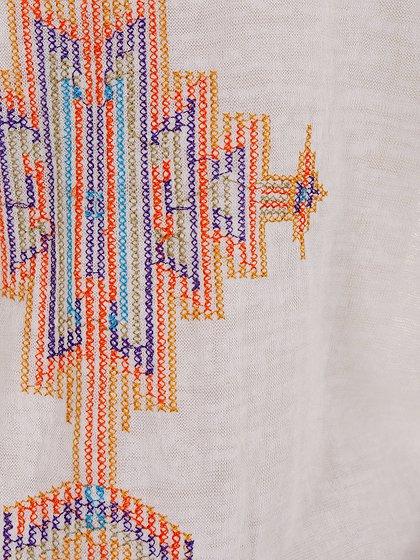 L.A.直輸入のEmbroideredBohoShirtDress大人カジュアルに最適な海外ファッションのothers(その他インポートアイテム)のワンピースやミニワンピース。Tシャツ素材のお手軽ワンピース。Boho風のアズテック柄の刺繍が可愛いアイテムです。/main-6