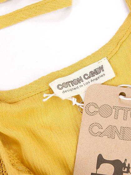 CottonCandyLAのRayTop(Mustard)/セクシーさのある大人カジュアルブランドCottonCandyL.A.(コットンキャンディーL.A.)のトップスやカットソー。合わせ方色々なキャミトップ。くすんだ微妙なカラーは白系が多い夏から茶系が恋しい秋にかけて合わせやすそうです。/main-12