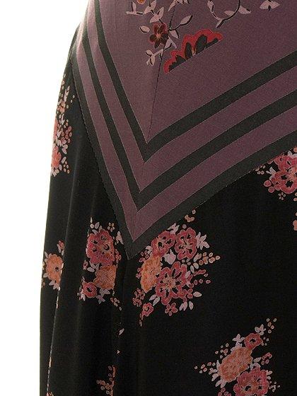 FreePeopleのPocketfulOfWildflowersPrintedDress(BlackCombo)/世界中のセレブファッション好きに大人気のFreePeople(フリーピープル)のワンピースやマキシワンピース。上質なマテリアルをスッキリシルエットに仕上げたマキシワンピースです。甘くなりがちな花柄を大人っぽく、そして遊び心あるデザインでまとめたアイテム。/main-14
