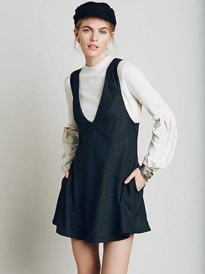 FreePeopleのGemma'sFavoriteDress/世界中のセレブファッション好きに大人気のFreePeople(フリーピープル)のワンピースやミニワンピース。何とも可愛らしいジャンパースカートがフリーピープルから入荷しました。着まわしが利くグレーをチョイスしました。/main-15