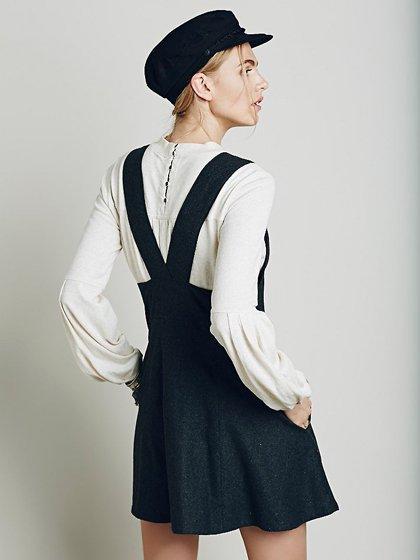 FreePeopleのGemma'sFavoriteDress/世界中のセレブファッション好きに大人気のFreePeople(フリーピープル)のワンピースやミニワンピース。何とも可愛らしいジャンパースカートがフリーピープルから入荷しました。着まわしが利くグレーをチョイスしました。/main-16