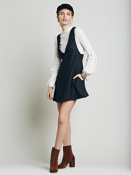 FreePeopleのGemma'sFavoriteDress/世界中のセレブファッション好きに大人気のFreePeople(フリーピープル)のワンピースやミニワンピース。何とも可愛らしいジャンパースカートがフリーピープルから入荷しました。着まわしが利くグレーをチョイスしました。/main-19