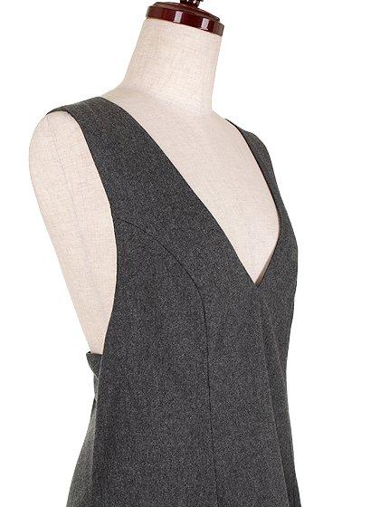 FreePeopleのGemma'sFavoriteDress/世界中のセレブファッション好きに大人気のFreePeople(フリーピープル)のワンピースやミニワンピース。何とも可愛らしいジャンパースカートがフリーピープルから入荷しました。着まわしが利くグレーをチョイスしました。/main-5
