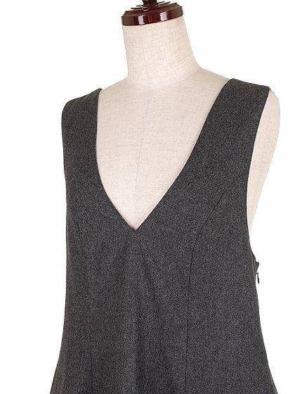 FreePeopleのGemma'sFavoriteDress/世界中のセレブファッション好きに大人気のFreePeople(フリーピープル)のワンピースやミニワンピース。何とも可愛らしいジャンパースカートがフリーピープルから入荷しました。着まわしが利くグレーをチョイスしました。/main-6