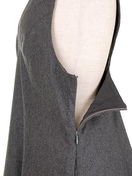 FreePeopleのGemma'sFavoriteDress/世界中のセレブファッション好きに大人気のFreePeople(フリーピープル)のワンピースやミニワンピース。何とも可愛らしいジャンパースカートがフリーピープルから入荷しました。着まわしが利くグレーをチョイスしました。/main-9