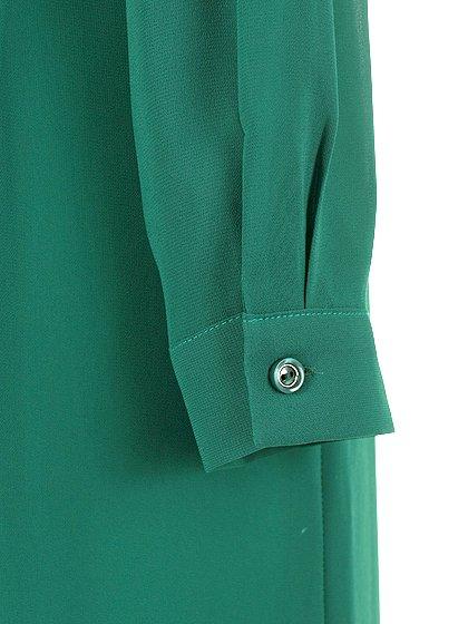 ORIONLONDONのLovieDress(Green)/大人のためのカジュアルブランド、ORIONLONDON(オリオンロンドン)のワンピースやミディワンピース。シックで都会的な大人感が漂うワンピース。パーティーやお呼ばれの時には一際目を引くドレスです。/main-12