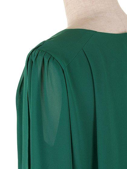 ORIONLONDONのLovieDress(Green)/大人のためのカジュアルブランド、ORIONLONDON(オリオンロンドン)のワンピースやミディワンピース。シックで都会的な大人感が漂うワンピース。パーティーやお呼ばれの時には一際目を引くドレスです。/main-8