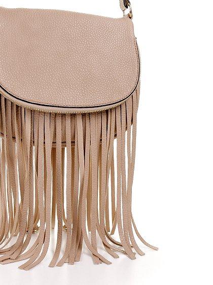 meliebiancoのWinnie(Nude)/海外ファッション好きにオススメのインポートバッグとかばん、MelieBianco(メリービアンコ)のバッグやショルダーバッグ。小ぶりなボディのショルダーバッグ。2か所から出ていてる長めのフリンジが特徴のアイテムです。/main-5
