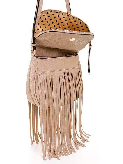 meliebiancoのWinnie(Nude)/海外ファッション好きにオススメのインポートバッグとかばん、MelieBianco(メリービアンコ)のバッグやショルダーバッグ。小ぶりなボディのショルダーバッグ。2か所から出ていてる長めのフリンジが特徴のアイテムです。/main-8